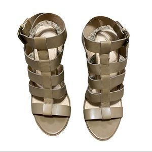 American Eagle Tan Strappy Block Heel Sandals 9